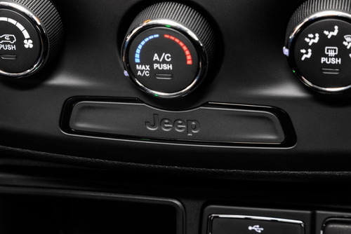 jeep renegade sport mt 1.8 0km.