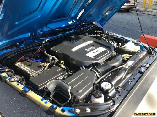 jeep rubicon azul