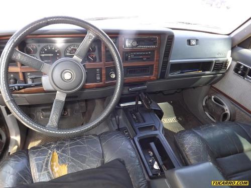 jeep wagoneer .