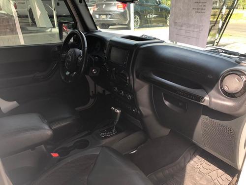 jeep wrangle shara 2017