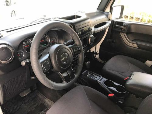 jeep wrangler 3.6 altitude 4x4 at 2015 no incluye rodado