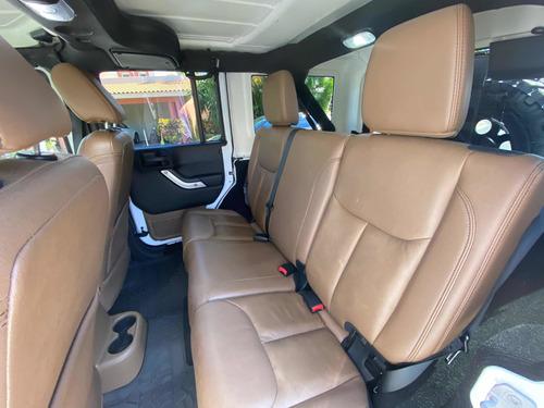 jeep wrangler 3.6 unlimited sahara 4x4 at 2015