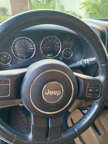 jeep wrangler 3.6 unlimited sahara 4x4 ta 2013 blanco