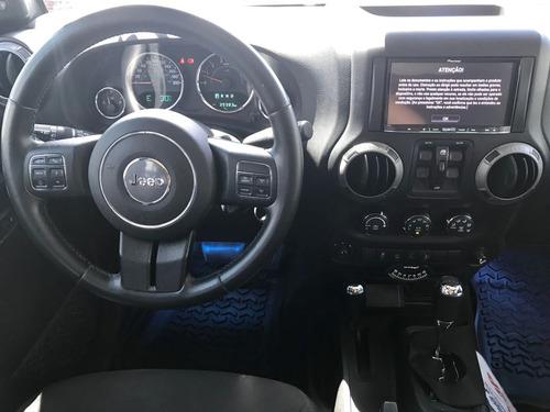jeep wrangler 3.6 unlimited sport aut. 4p 2015