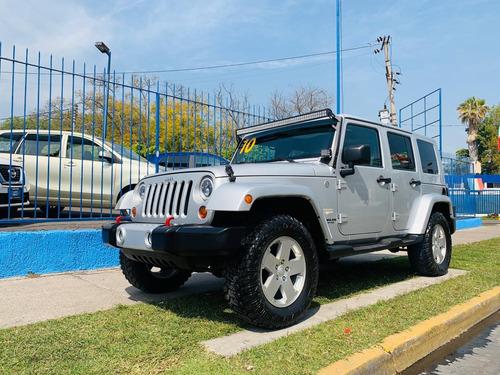 jeep wrangler 3.8 unlimited sahara 4x4 at 2010