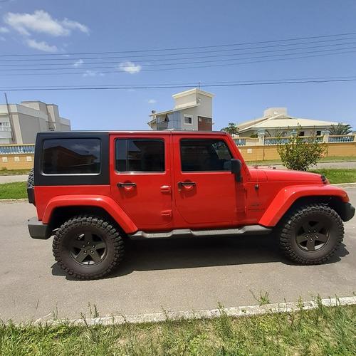 jeep wrangler 3.8 unlimited sahara aut 4p 2011