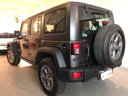 jeep wrangler rubicom 3.6  at