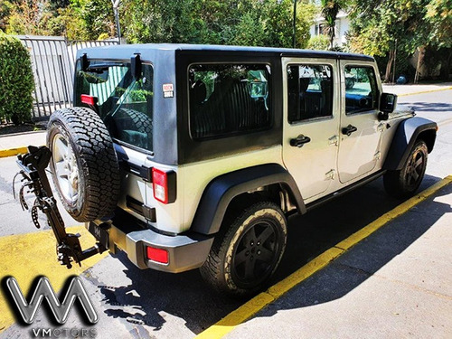 jeep wrangler rubicon 3.8 at 4x4 año 2012