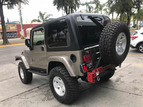 jeep wrangler rubicon 5vel mt