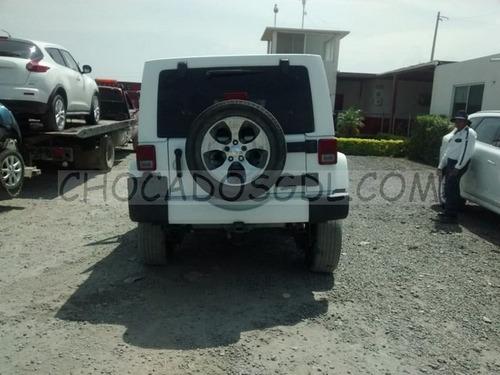 jeep wrangler sahara 4x4 2016. para reparar. no partes...