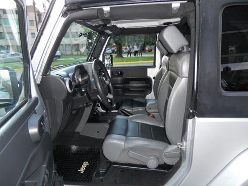 jeep wrangler sahara 4x4 at