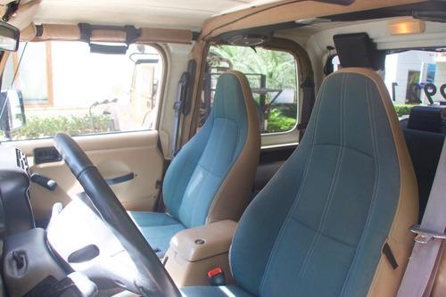 jeep wrangler sahara 4x4 dos techos at