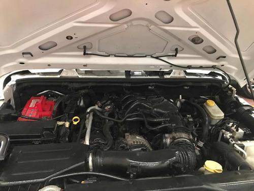 jeep wrangler sahara std 5 vel ac 4x4