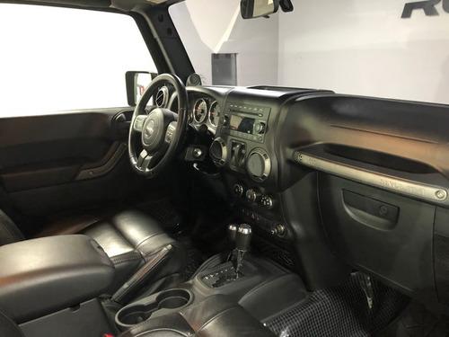 jeep wrangler sport 4x4 3.8 v-6 2p   2011