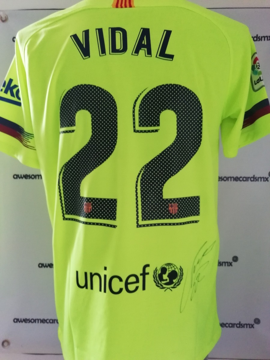 wholesale dealer 43190 2090e Jersey Barcelona Firmado Arturo Vidal Chile Certificado Foto