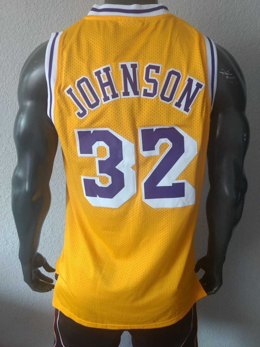 534ae073f Jersey basquetbol los angeles lakers magic johnson talla cargando zoom jpg  864x1152 Earvin magic johnson jersey
