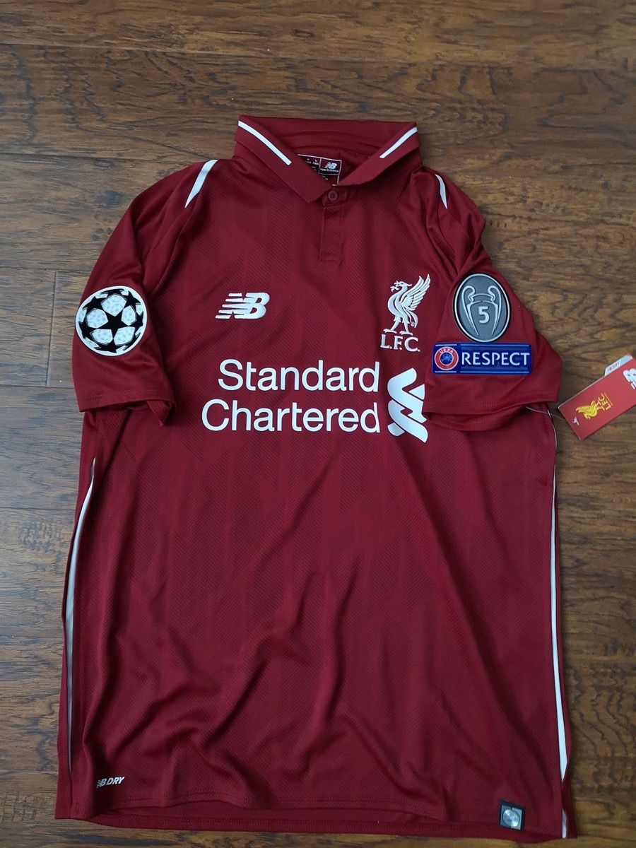 b639e28eb2e Jersey Liverpool New Balance 18-19 Champions Original C num ...