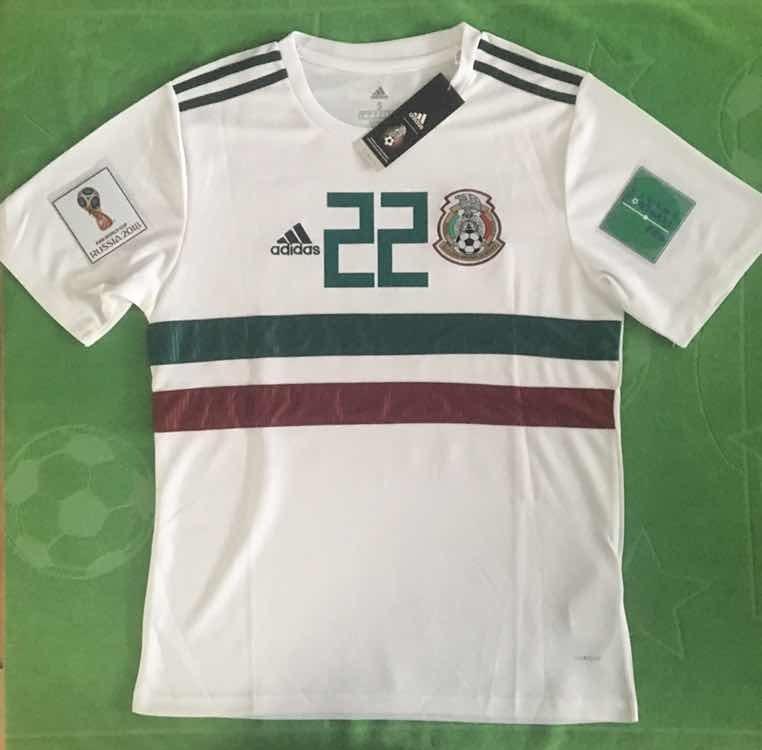 b01e5300e Mlm jersey mexico parches mundial blanca chucky lozano jpg 762x750 Lozano  22 mexico