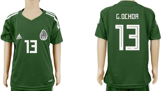 3f4fbd808fa81 Mlm jersey mexico portero nino verde mundial memo ochoa jpg 675x379 Memo ochoa  jersey