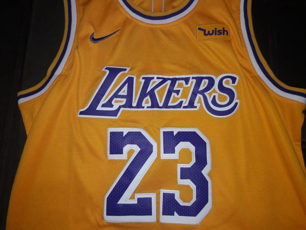 fafd01125c8 Jersey Nba Los Angeles Lakers M 48 (pronta Entrega) - R  140