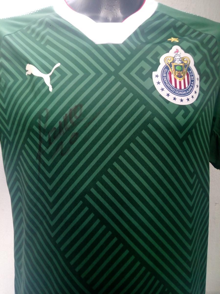 8160de03af0 jersey oficial chivas guadalajara verde firmado x r. pizarro. Cargando zoom.