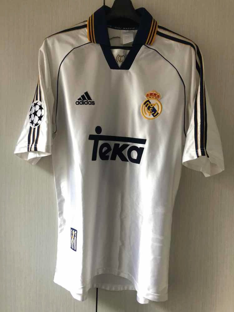 sports shoes a0456 cb17b Jersey Real Madrid 1999-2000 Champions League Roberto Carlos - $ 3,600.00