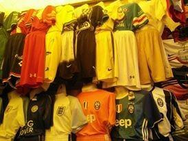 jersey y uniformes completos de fútbol