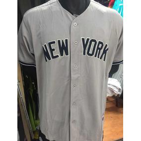 06ba7b0e6a666 Casacas De Beisbol Para Mujer Yankees en Mercado Libre México