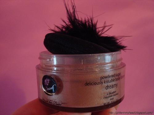jessica simpson polvo sedoso volatil c/brillo y sabor envase de lujo