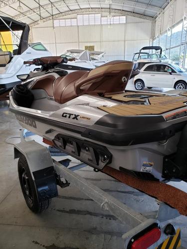 jet seadoo gtx limited com carreta rodoviária