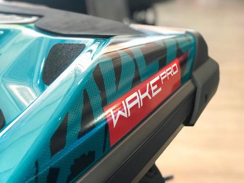 jet ski wake 230 com som ....