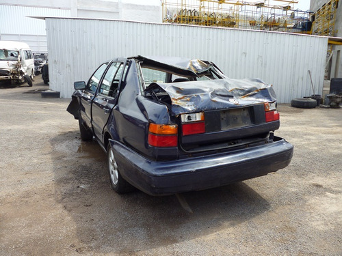 jetta 1998 accidentado,........yonkes