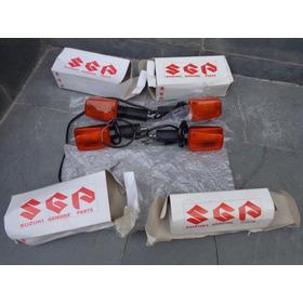 Jg De Pisca / Setas Originais Suzuki Gs 500 Bandit