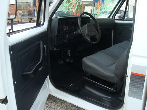 jipe,rural,f75,c20 92 a gasolina com capota de aluminio