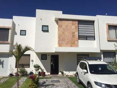 jm/ hermosa casa en venta en sonterra