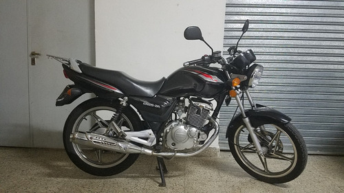 jm-motors suzuki en 125 full con disco color negra financio