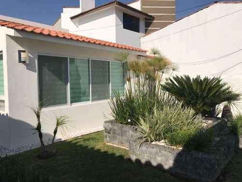 jm/hermosa casa de 1 planta remodelada