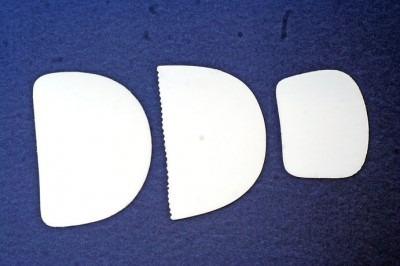 jogo com 3 espátulas finas (uso culinário) gazoni