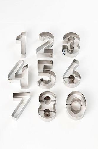jogo cortador número grande com 9 peças em inox