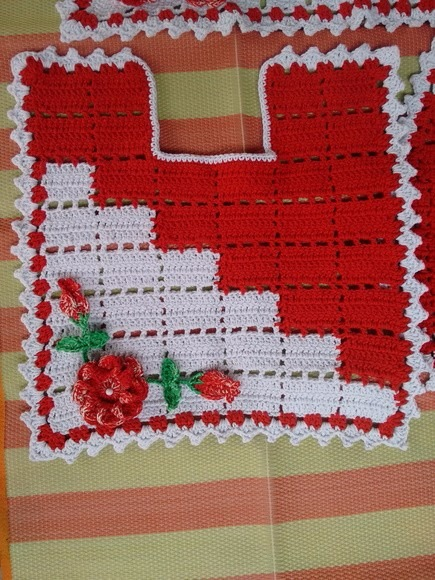 87c0fbaa7 Jogo De Banheiro Dual Color Em Crochê - 4 Peças - R  160