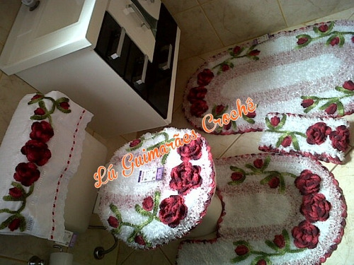 Jogo De Banheiro Em Crochê Harmonia 5 Peças  R$ 285,00 em Mercado Livre -> Jogo De Banheiro Simples Em Croche Com Grafico