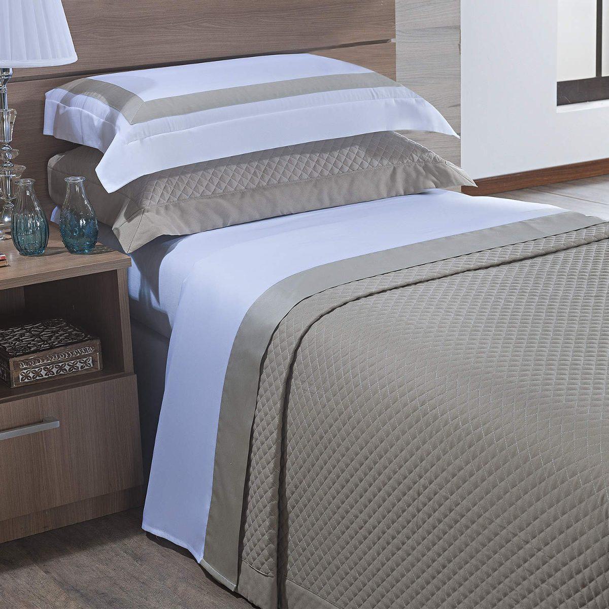 a5631e94a3 jogo de cama solteiro 300 fios 3 peças algodão siena ci. Carregando zoom.