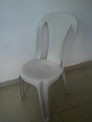 jogo de mesa e  4 cadeiras 140 kg