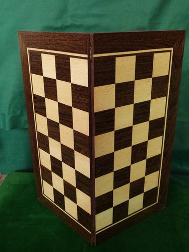jogo de xadrez conjunto marchetado com tabuleiro dobrável