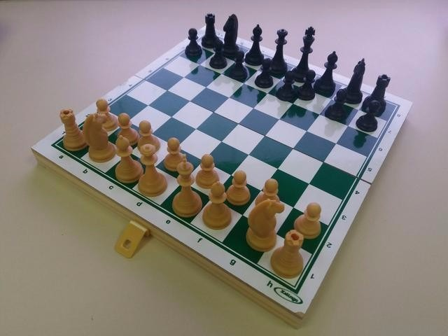 Jogo De Xadrez Escolar Xalingo - R  29 865bd6d3e1961