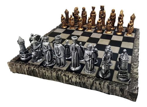 jogo de xadrez tematico + tabuleiro coleção medieval resina