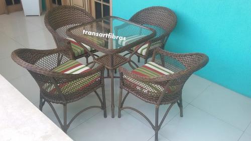 jogo mesa e cadeira fibra para varanda poltrona area externa