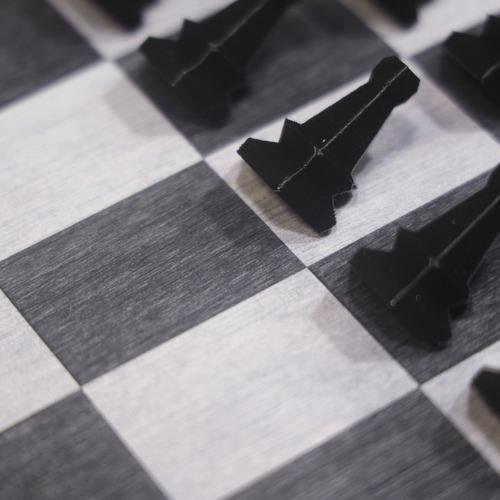 jogo tabuleiro xadrez vertical de parede. peças 3d com ímãs