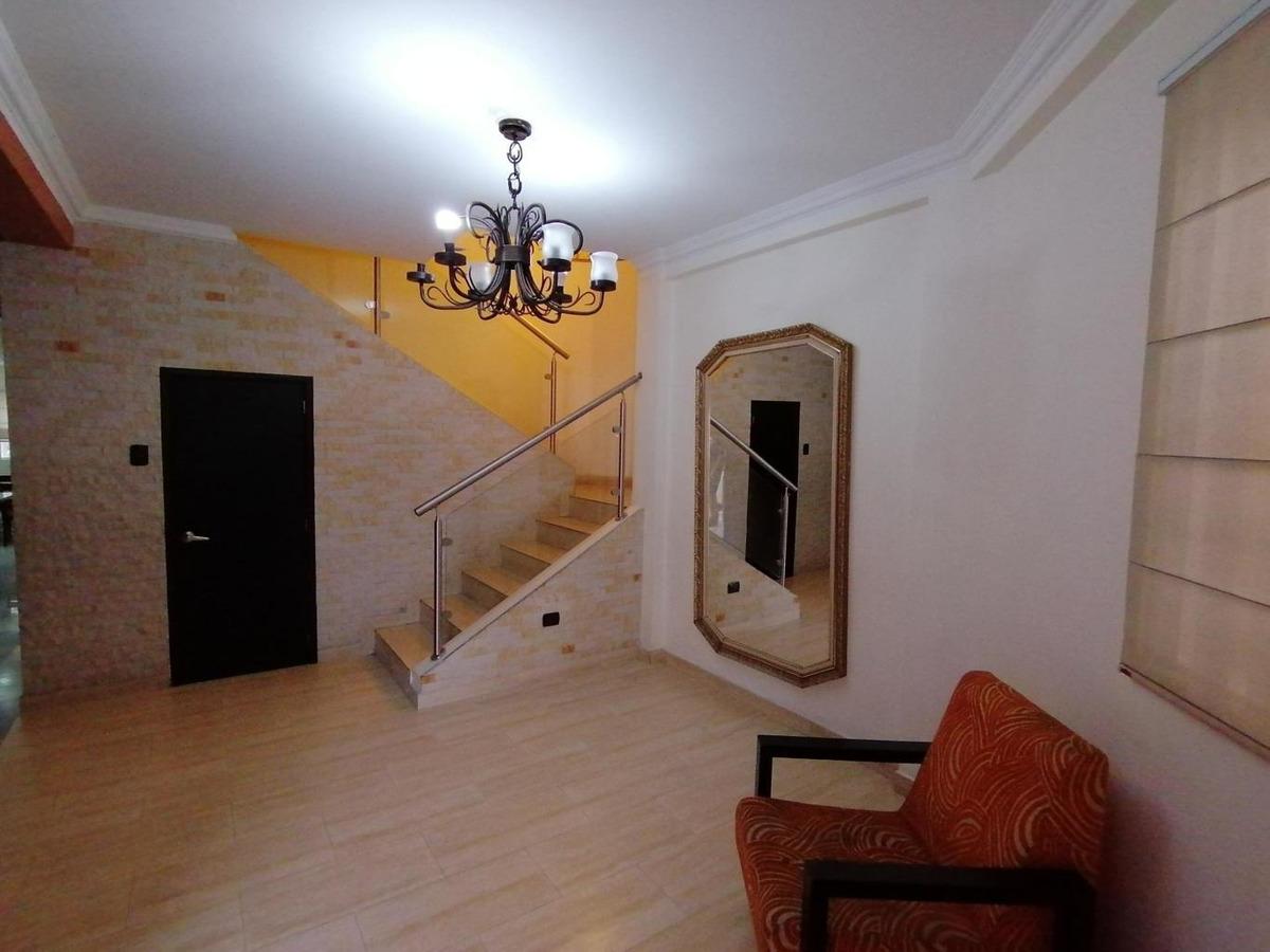 johana díaz rentahouse lara vende  20-109