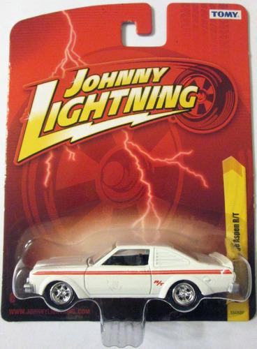 johnny lightning - 1976 dodge aspen, escala 1/64, mide 7 cm.